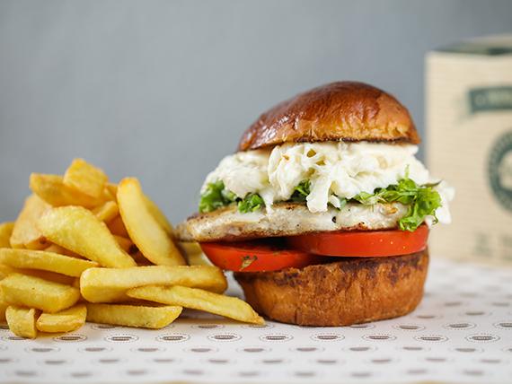 Combo - Hamburguesa pollo capresse + acompañamiento + bebida