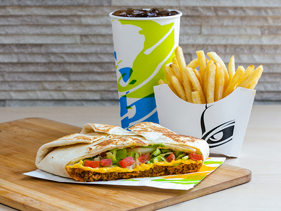 5. Triple Crunchwrap  + Papas fritas regulares + Soda 21 oz