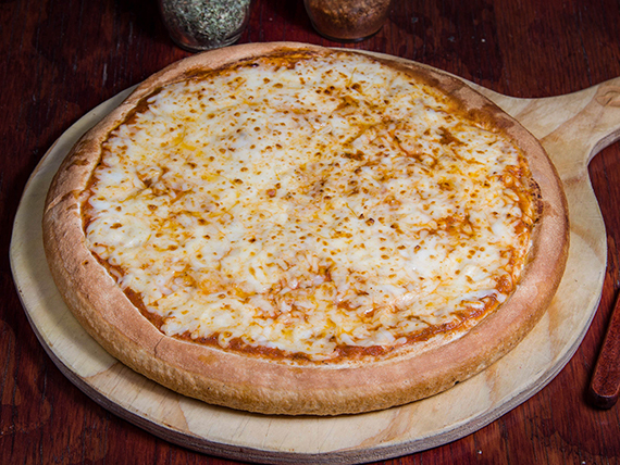 Pizza mediana (31 cm) doble queso + 1 ingrediente