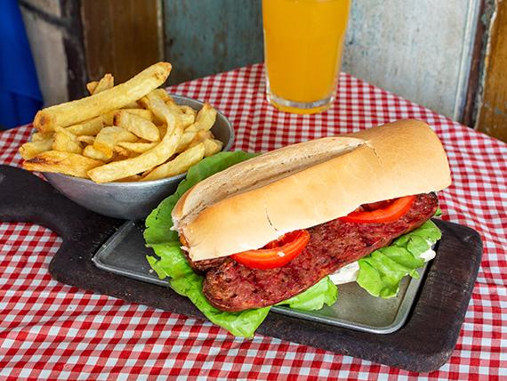 Sándwich de chorizo + papas fritas