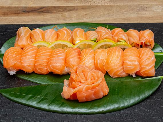 Promo 5 - Geishas salmón (10 piezas) + sashimis salmón (10 piezas) + niguiris salmón (10 piezas)
