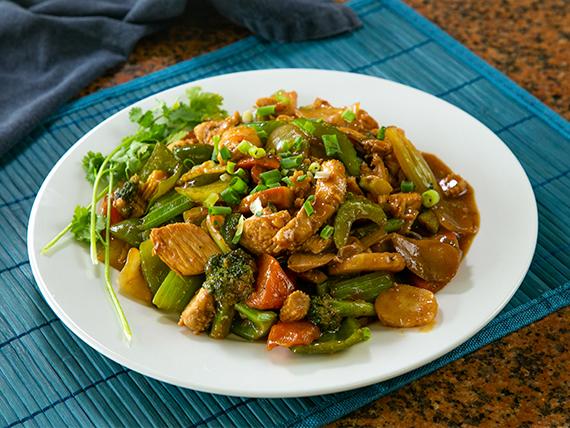 Filetitos de pollo con vegetales