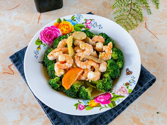 Camarones con brócoli