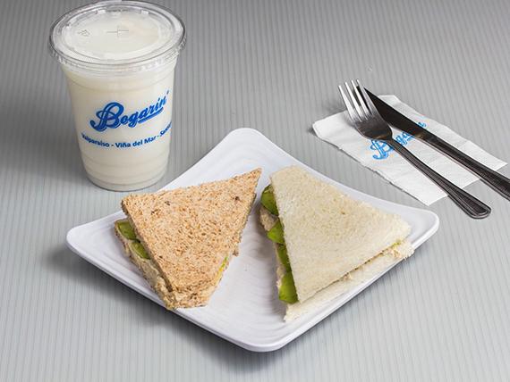 Promoción - 2 Sándwiches a elección + Leche mediana