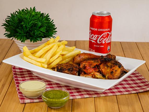 Súper Combo #2 - 1/2 Pollo + acompañamiento + Soda en lata 355 ml