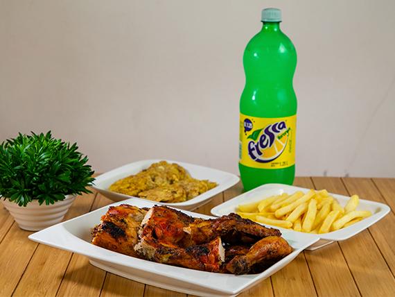 Súper Combo #1 - Pollo entero + 2 Acompañamientos + Soda 1 L