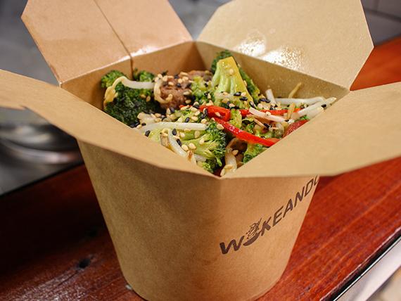 Wok A - Wok Thai, Vegetariano o Vegano - Base + proteína + vegetales  + salsa