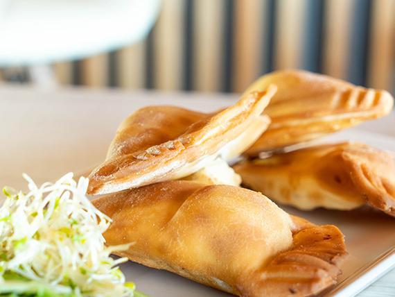 Empanadas Inago   (4 unidades)