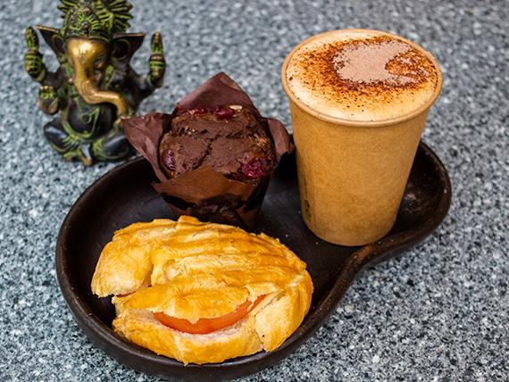 Promo desayuno Aconcagua + Croissant + bebida + muffin, brownies o berlines belgas de Nutella