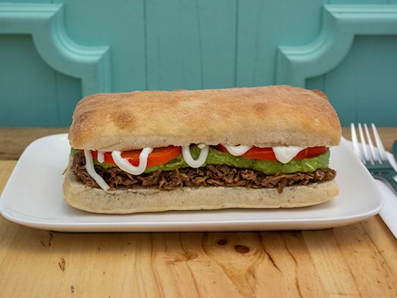 Sándwich de mechada italiano