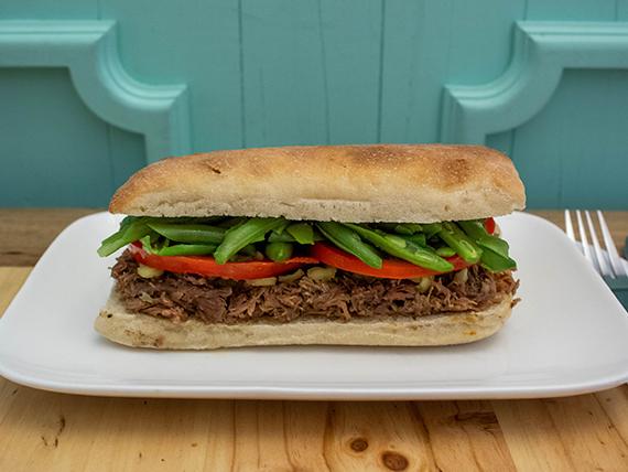 Sándwich de mechada chacarero
