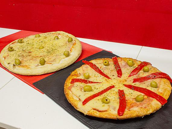 Promo - Pizza muzzarella con jamón y morrones grande + pizza napolitana grande + bebida a elección