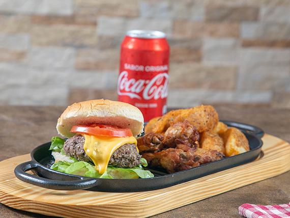 Hamburguesa 1/4 libra de carne artesanal + papas western+ 4 alitas + soda 355 ml