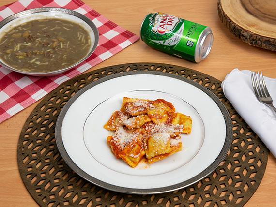 Combo 2 - Ravioli del día + sopa del día + bebida en lata