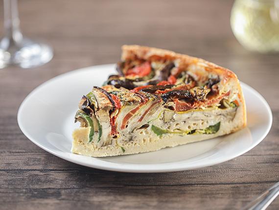 Tarta de zucchini, zapallito, tomate y berenjenas