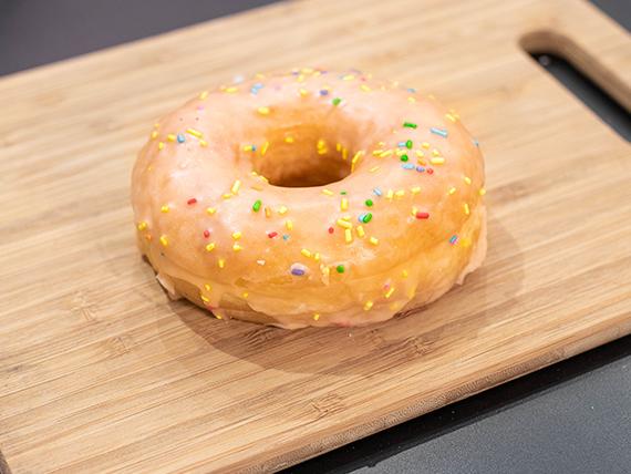Donut Bruno Mars con glaseado naranja