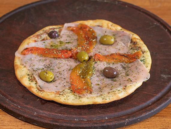 Pizza jamón y morrones (4 porciones)