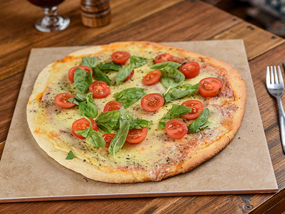 Pizza caprese (32 cm)