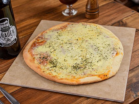 Combo -  Pizza + growler de cerveza artesanal Brauer 1 L