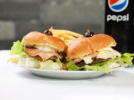 Promo comen 2 - 2 hamburguesas al pan con fritas + bebida 1.25 L de regalo
