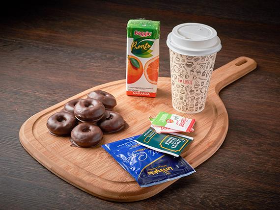 Combo 2 - 6 mini donnas bañadas en chocolate + jugo de naranja + infusiones + vaso  térmico descartable