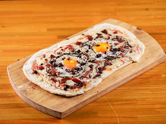 Pizza americana (36 x 20 cm)