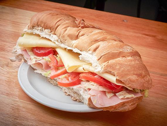Sándwich torpedo primavera (dos personas)