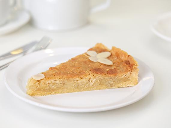 Torta gijonesa (porción)