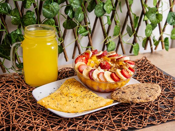 Huevos + Fruta + Galleta Chips