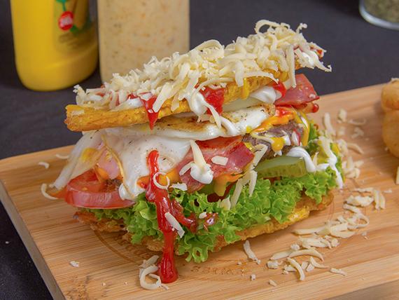 Patacón special burger