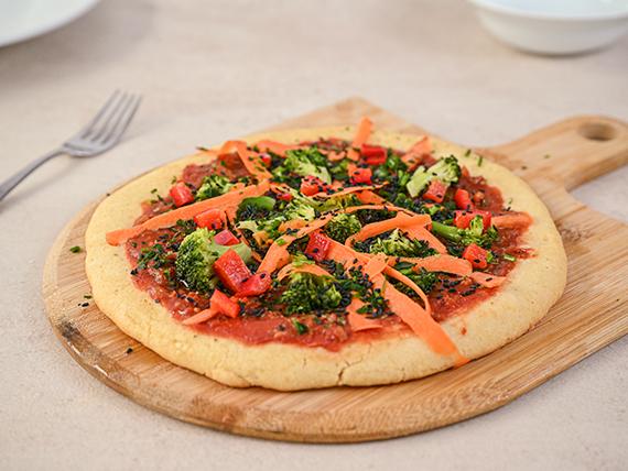 Pizza con salsa de tomate