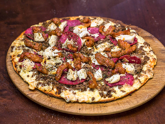 Pizza mediana capriccio