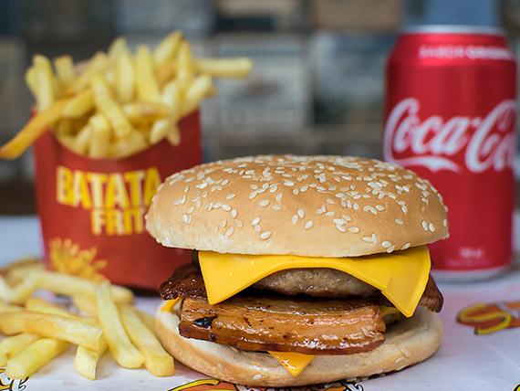 Combo Trio 9 - Shelly Bacon + batata frita + refrigerante lata