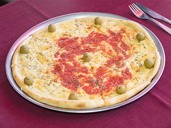 Pizza con muzzarella grande