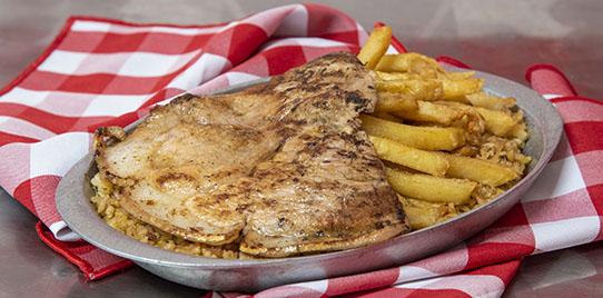 Arroz a la Valenciana con Chuleta de Cerdo
