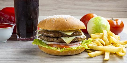 Hamburguesa  Doble Carne Artesanal en Combo
