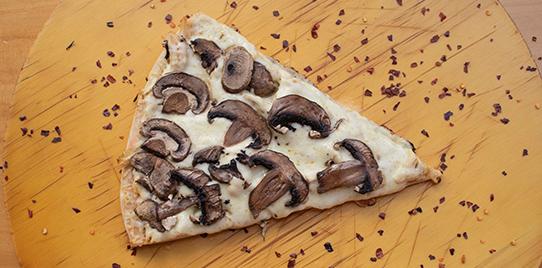 Pizza de Pollo y Champiñones