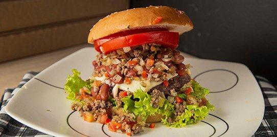 Hamburguesa  Mexicana  de 150 Gramos