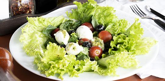 Ensalada Pesto Mozzarella