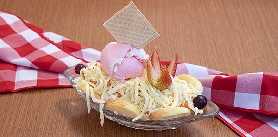 Ensalada de Frutas Mini con Helado