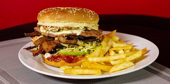 Hamburguesa Doble Carne en Combo