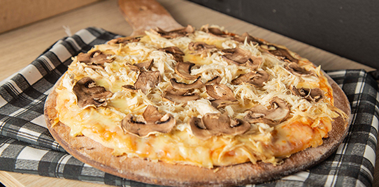 Pizza Porción Pollo y Champiñones