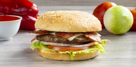 Hamburguesa Carne Tipo Premium Sencilla al Carbón con Tocineta
