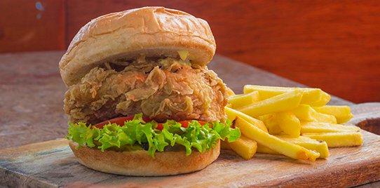 Súper Chicken Sub en Combo