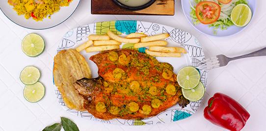 Trucha en Salsa de Camarones con Arroz Marinero
