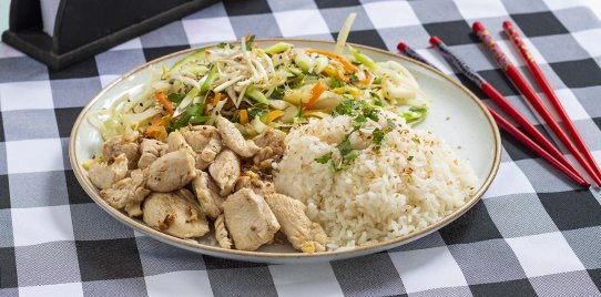 Pollo en Salsa de Curry Rojo