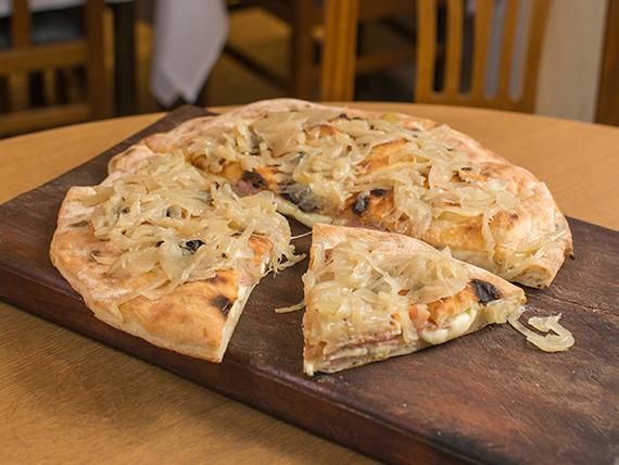 Pizza fugazzeta I (8 porciones)