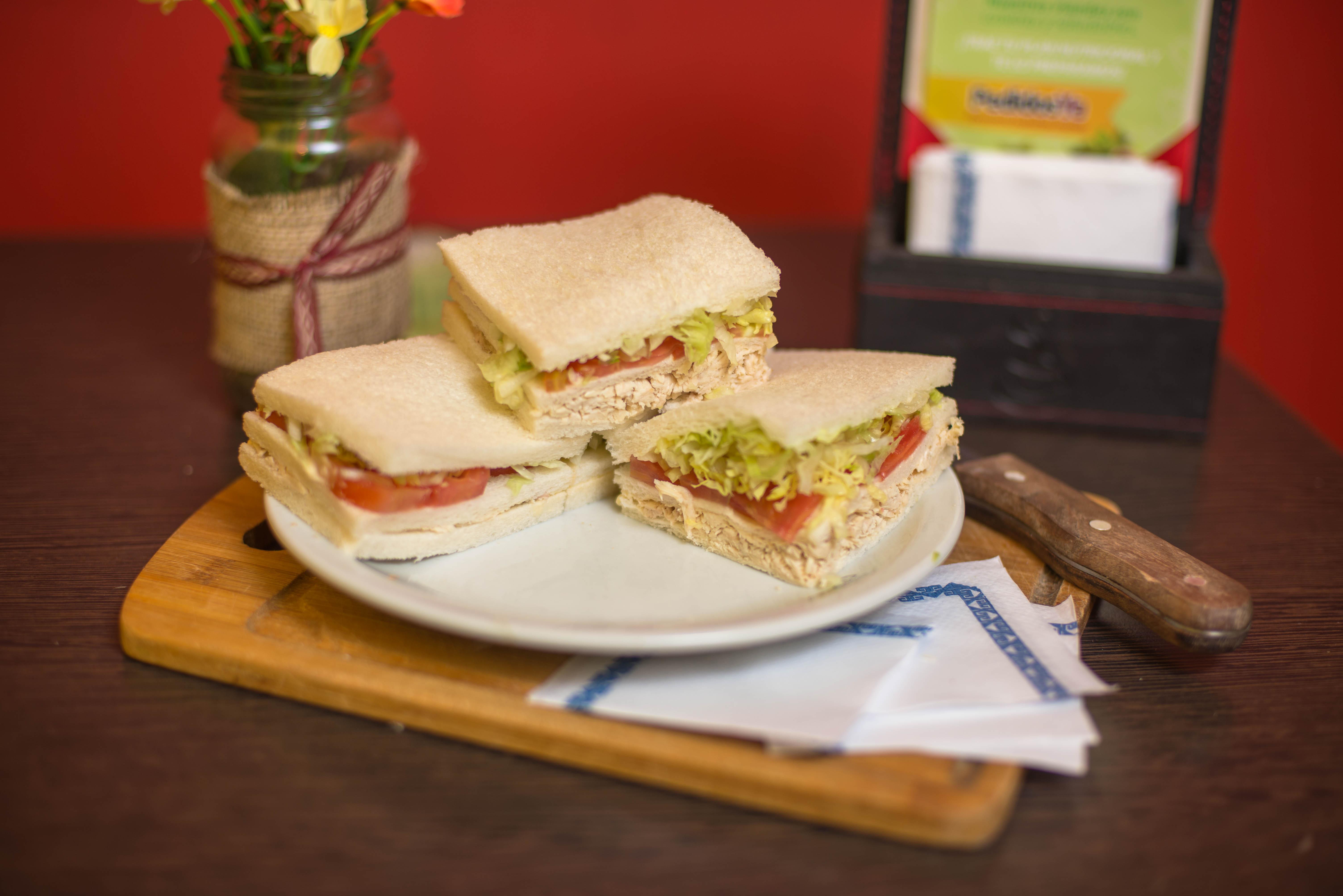 Sándwich triple