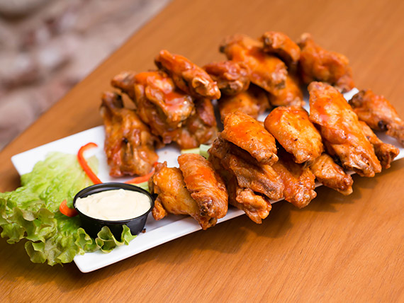Barbacue chicken wings (12 undiades)