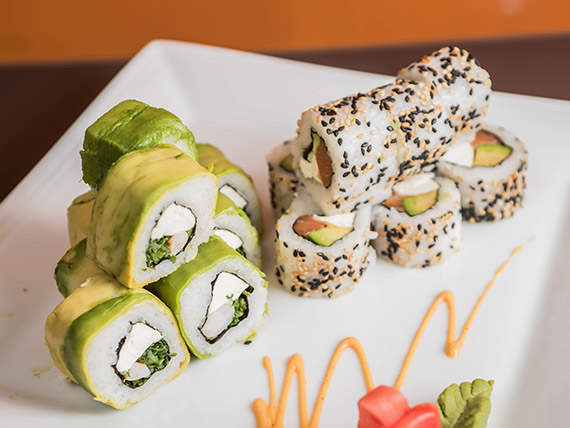 Combinado Kurusake 2 - California roll + avocado roll